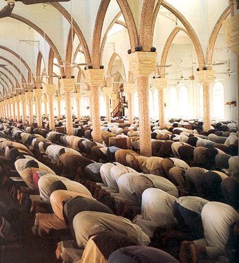 http://rbs.typepad.com/photos/uncategorized/2007/08/18/islam_prayer.jpg